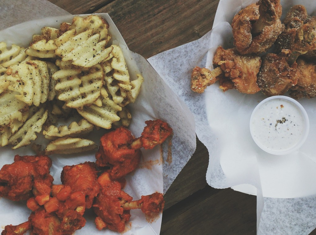 Sweet Chili Wings and Lemon Pepper Wings from Tommy Want Wingy